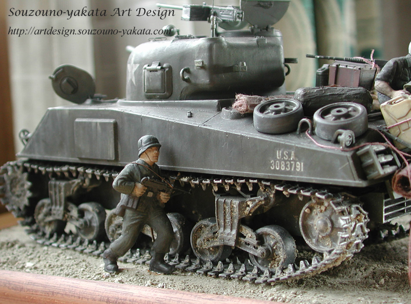 戦場ジオラマ 戦車の裏側